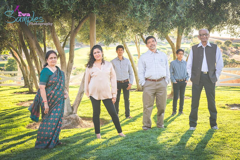 family_reunion_photosession_San_Jose_Bay_Area_Silicon_Valley_Photographer_Family_Session_Ewa_Sample_3