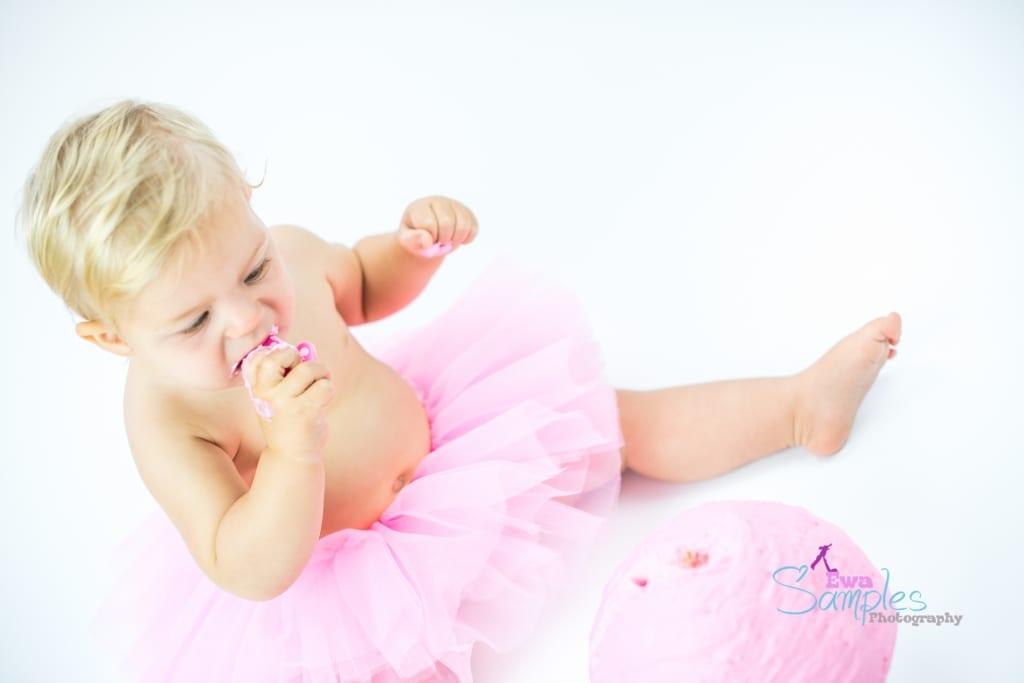 pink_girl_smash_cake_Los_Altos_ewa_samples-2