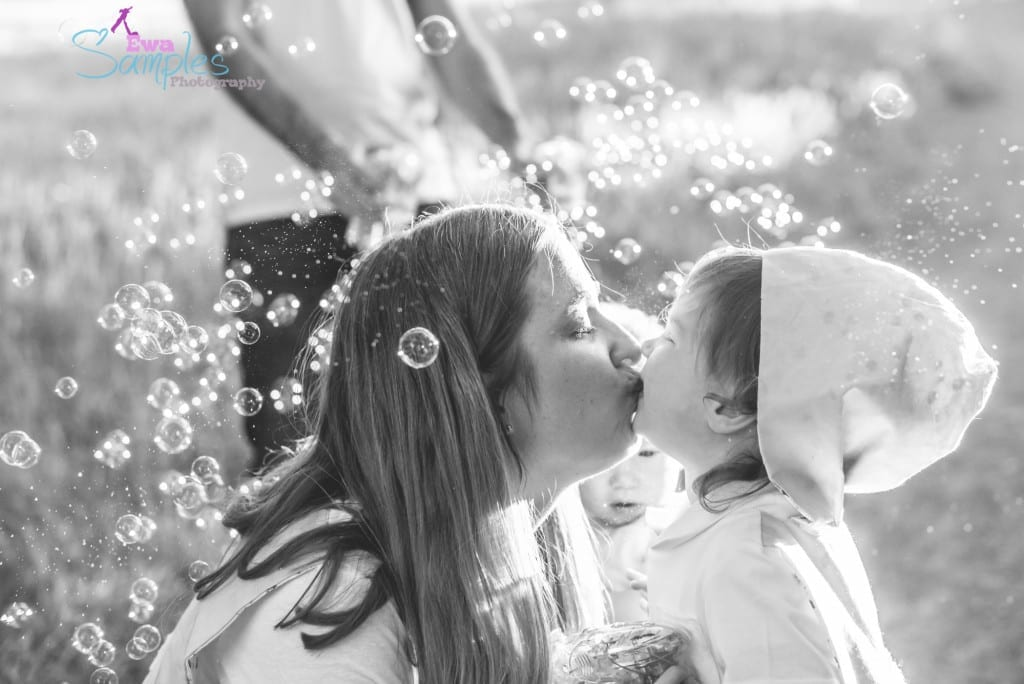 Bubbles and Fun Family Photo Session Ideas, San Jose, Los Gatos, Los Altos, Bay Area Ewa Samples Photography-8