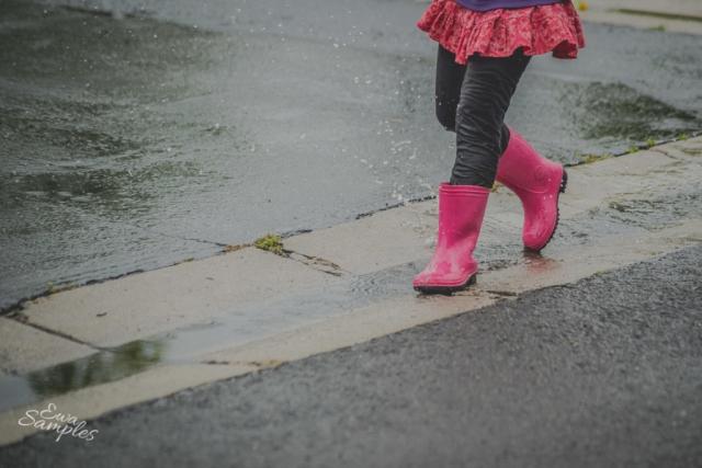fun kids pictures in the rain san jose california-13