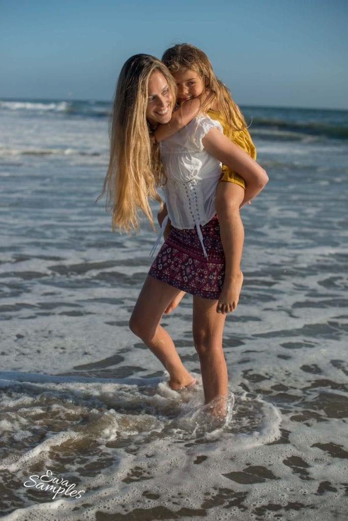strong mother portrait_beach session_ewa samples photography-28
